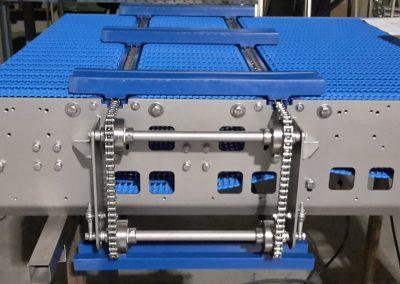 Modulbandförderer mit quer umlaufendem Kettenausschleuser