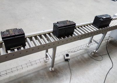 Rollenbahnförderer in V4A (1.4571) für Batterieblöcke