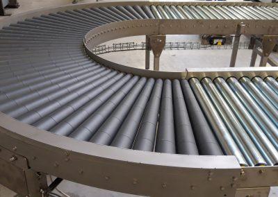 180° angetriebene Kleinstrollenbahnkurve mit ø30er konischen Tragrollen