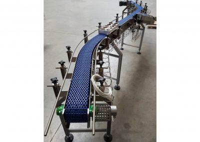 Modulbandförderer für Joghurtsteigen, in S-Form mit Drucker